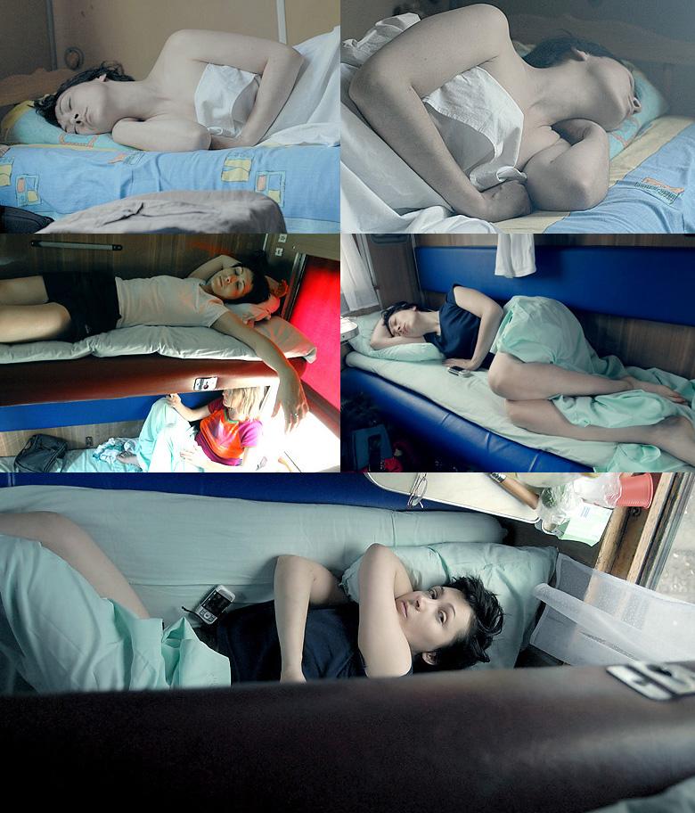 Фото спящие девушки в поезде 9 фотография